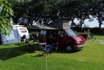 Hire a motorhome in Utrecht from private owners| Volkswagen VW California