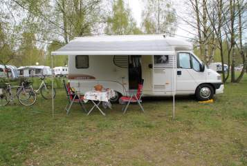 Hire a motorhome in Wittighausen from private owners| LMC Fritz