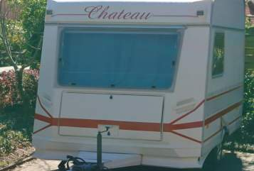 Hire a motorhome in Südergellersen from private owners| Chateau Chateau