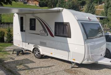 Hire a motorhome in Kumhausen from private owners| Bürstner  Averso