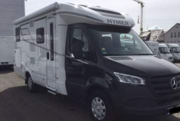 Hire a motorhome in Mietingen from private owners| Hymer Dreamliner