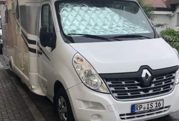 Hire a motorhome in Altrip from private owners  Renault  Iwo