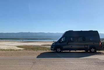 Hire a motorhome in Unterschleißheim from private owners| Knaus  Boxstar