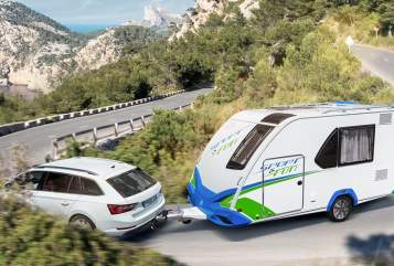 Hire a motorhome in Sigmaringen from private owners| Knaus Sporty