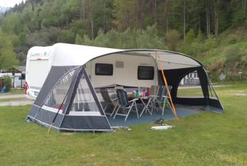 Hire a motorhome in Regensburg from private owners  Hobby PuraVida
