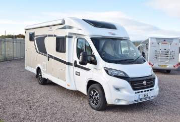 Hire a motorhome in Kreba-Neudorf from private owners| Fiat Carado T 448 Carado T 448