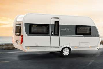 Hire a motorhome in Grasbrunn from private owners| Hobby 545 KMF