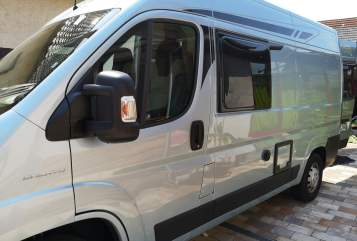 Hire a motorhome in Muggensturm from private owners| Pössl/Roadcar Lars