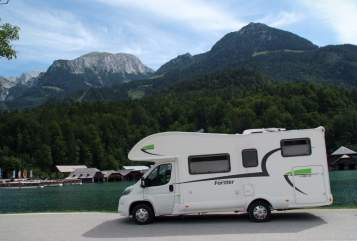 Hire a motorhome in Bischberg from private owners| Forster Frechdachs