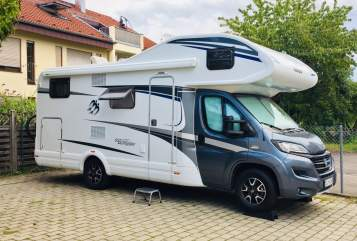 Hire a motorhome in Neuhausen auf den Fildern from private owners| KNAUS KNAUS 650 DG