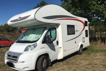 Hire a motorhome in Wiefelstede from private owners| Bürstner Rumtreiber