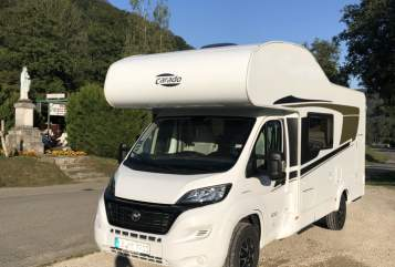 Hire a motorhome in Kornwestheim from private owners| Carado Carado A361