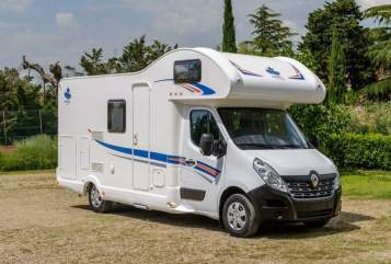 Hire a motorhome in Gera from private owners  Ahorn Rudi