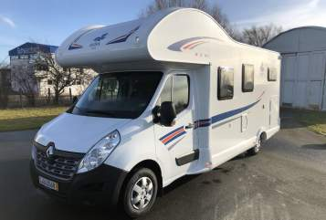 Hire a motorhome in Gera from private owners| Ahorn Emil