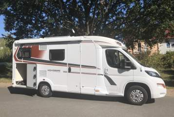 Hire a motorhome in Plankstadt from private owners| Weinsberg Volkmars Pepper