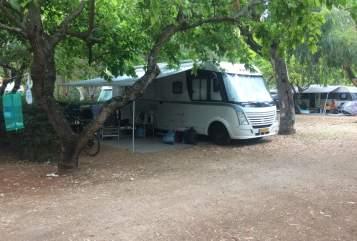 Hire a motorhome in Vleuten from private owners| Detlheffs Dethleffs2011