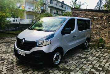 Hire a motorhome in Bonn from private owners| Renault Womobus
