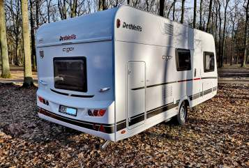 Hire a motorhome in Achim from private owners| Dethleffs Deffi