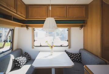 Hire a motorhome in Karlsruhe from private owners| TEC PanzerWohnwagen