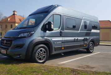 Hire a motorhome in Neuenhagen bei Berlin from private owners| Adria Mona