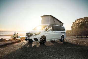 Hire a motorhome in Freiburg im Breisgau from private owners| Mercedes-Benz Traveler FR