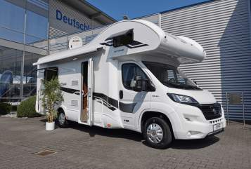 Hire a motorhome in Everswinkel from private owners| X-GO Dynamic