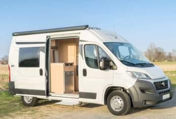 Hire a motorhome in Schwerte from private owners| Pössl/Roadcar Duc