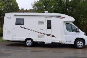 Hire a motorhome in Salmtal from private owners  PLA Erna