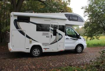Hire a motorhome in Seevetal from private owners| Ford Hummel Hummel