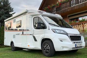 Hire a motorhome in Eisleben from private owners| Weinsberg Peppi