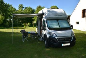 Hire a motorhome in Düsseldorf from private owners| WEINSBERG Horst