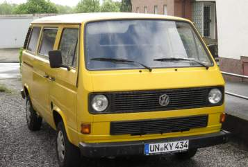 Hire a motorhome in Dortmund from private owners  VW Onkel Willi
