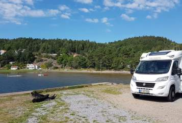 Hire a motorhome in Kempen from private owners| Weinsberg NiBa