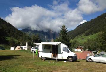 Hire a motorhome in Freiburg im Breisgau from private owners| Peugeot  Gordito