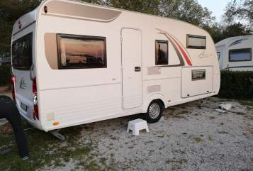 Hire a motorhome in Obernzell from private owners| Bürstner  Bandenmobil