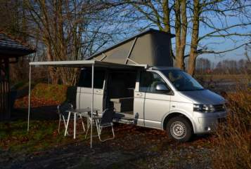 Hire a motorhome in Bielefeld from private owners| Volkswagen Le Bulli 2