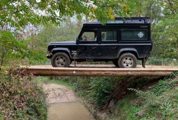 Hire a motorhome in Frankfurt am Main from private owners| Landrover  adventureseeker