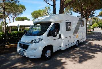 Hire a motorhome in Oberstaufen from private owners| Sun Living Bienchen