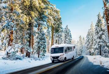 Hire a motorhome in Marienheide from private owners| Pilote G 781 C