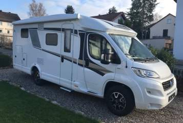 Hire a motorhome in Sommerhausen from private owners| Knaus Platinum 1