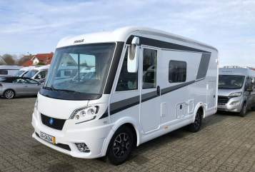Hire a motorhome in Kirchheim am Ries from private owners| Fiat Vani