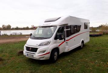 Hire a motorhome in Uelzen from private owners  Sunlight Homey