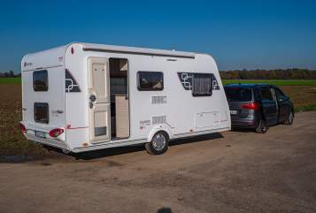 Hire a motorhome in Grevenbroich from private owners| Sterkeman Family Dream 2