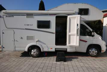 Hire a motorhome in Wört from private owners| Dethleffs Friendly-Detlef