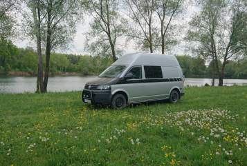 Hire a motorhome in Ingolstadt from private owners| VW - T5 Offroad Van AnnaVan