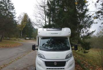 Hire a motorhome in Farchant from private owners| Forster Forster T699 EB