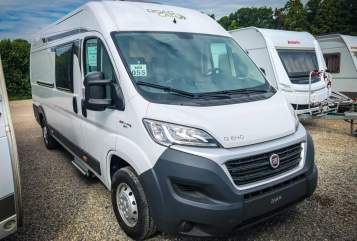 Hire a motorhome in Lindhorst from private owners| Roadcar  R640 ChilliVan
