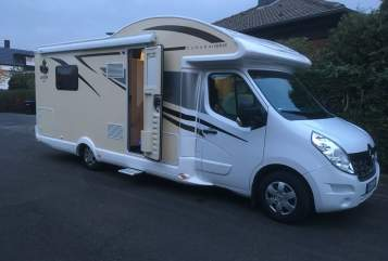 Hire a motorhome in Pulheim from private owners| Ahorn Rudi