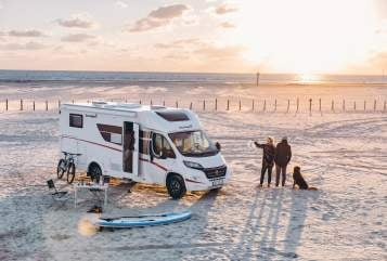 Hire a motorhome in Erfurt from private owners| Sunlight  *SATURN *