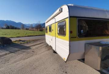 Hire a motorhome in Murnau am Staffelsee from private owners| Knaus Wolfi